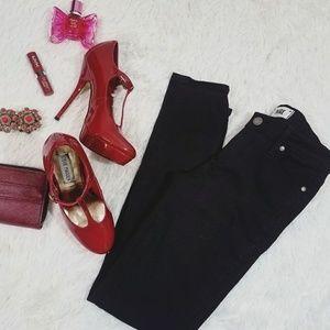 PAIGE Verdugo Ultra Skinny Reyna Black Jeans